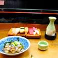 聖樹など無き寿司店に安らぎぬ